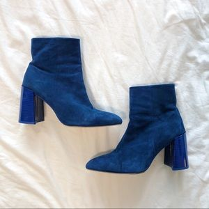 Never worn 🆕 L'Intervalle blue suede boots